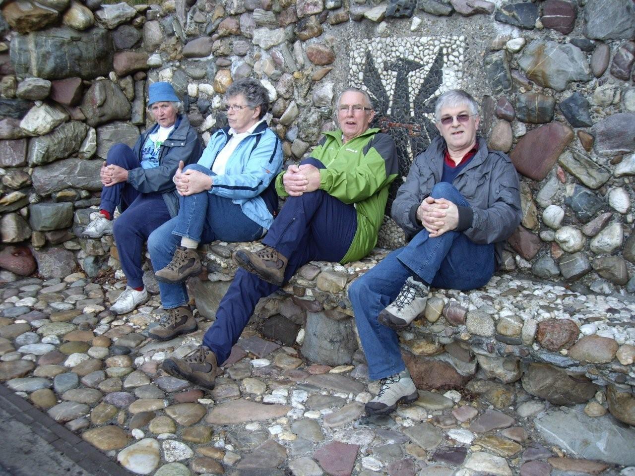 Wandelaars zaterdagmorgen april 2011